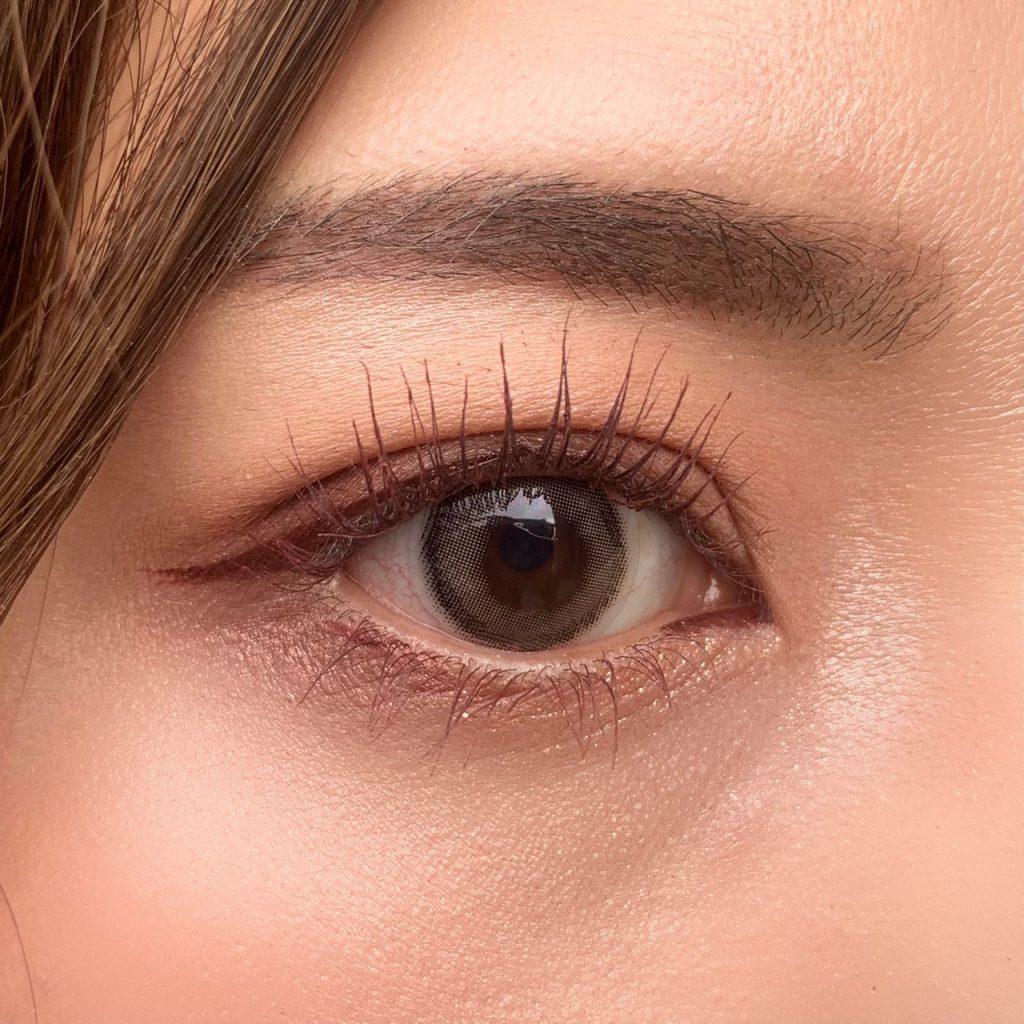眼瞼下垂後のアイメイク